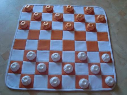 Как сделать шашки своими руками из бумаги в домашних условиях 83