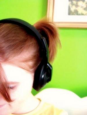 girl-headphones.jpg